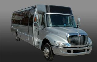 silver-limo-bus2