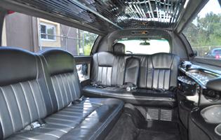 black-lincoln-limo2